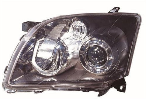 Toyota Avensis (Not Verso) Hatchback  2006-2008 Headlamp  Passenger Side L