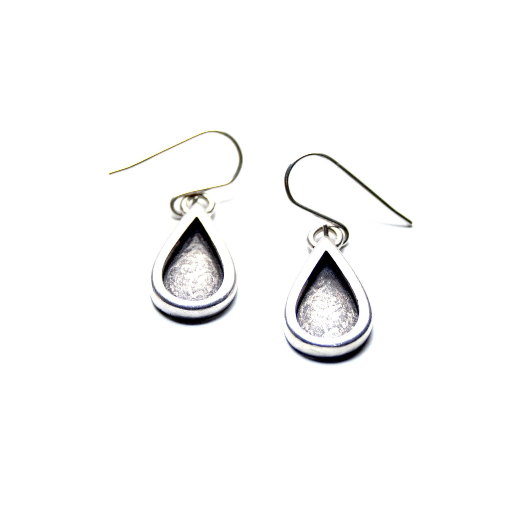 Silver Teardrop Earrings - Cynabar Boutique