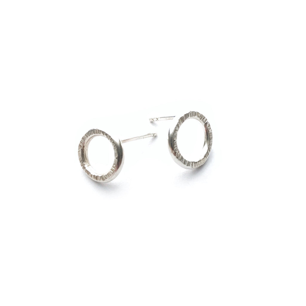 Silver Circle Stud Earrings - Cynabar Boutique