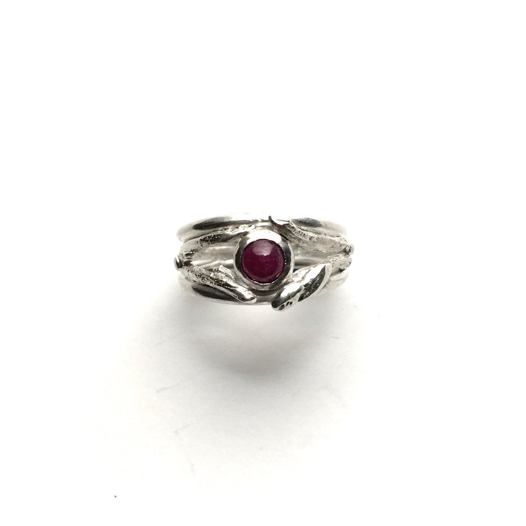 Silver Twig Ring with Ruby - Cynabar Boutique