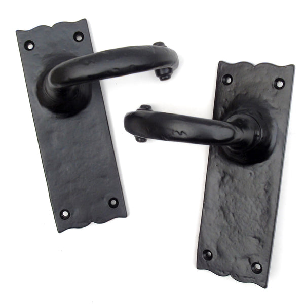 Victorian Antique Style Black Hammered Cast Iron Tudor Style Lever Latch Lock Door Handles on a Backplate
