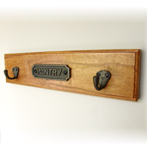 A Vintage Style Pantry Sign Wooden Wall Storage Hook Rack with Cast Iron Sign and 2 hooks