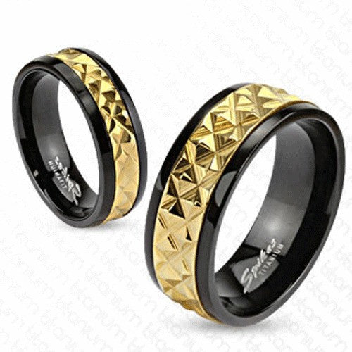 2 tone black titanium ring w gold spike band wholesale 925express. Black Bedroom Furniture Sets. Home Design Ideas