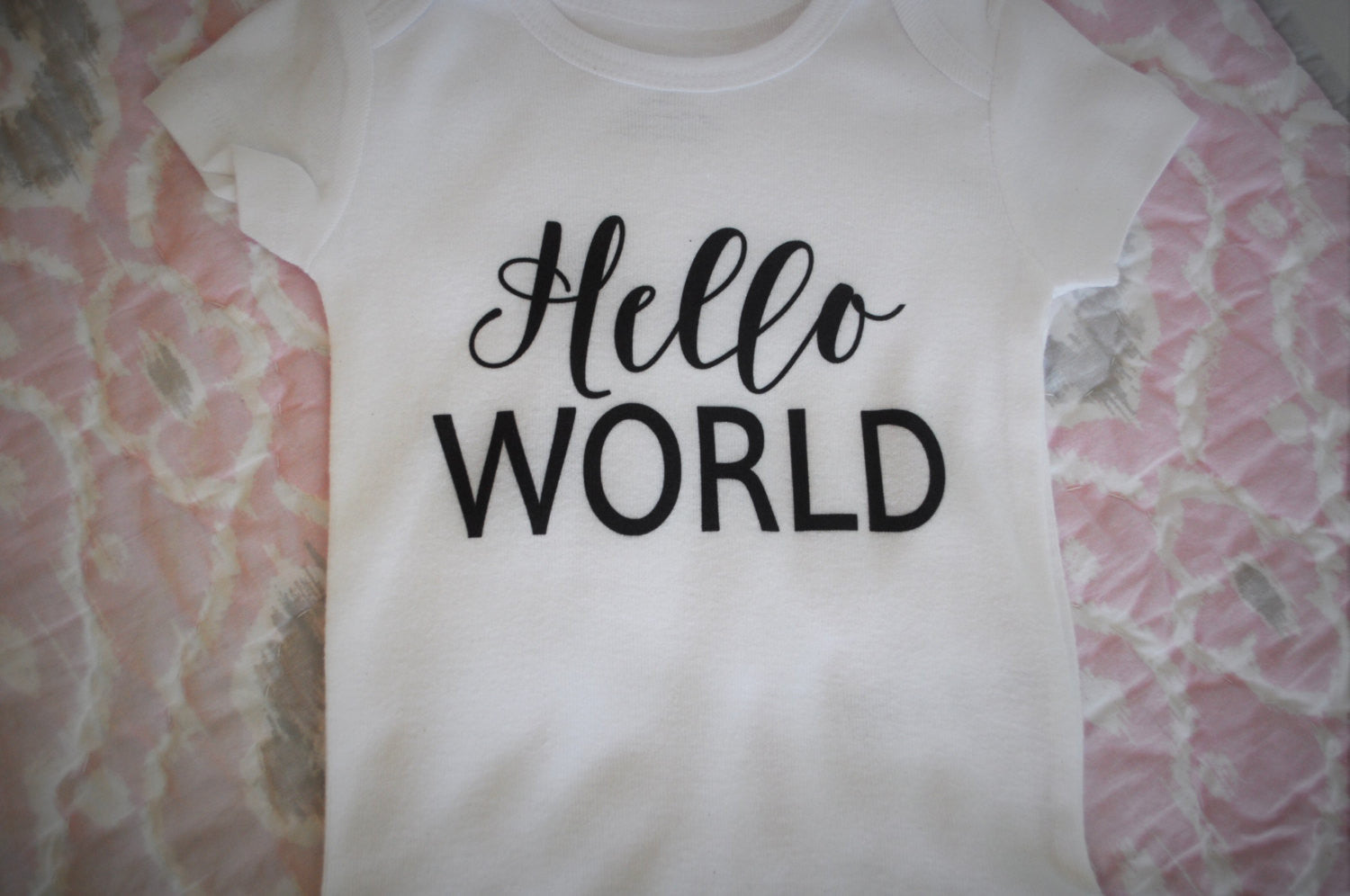 Hello World Onesie, SHORT OR LONG sleeve, baby boy, baby girl onesie, baby onesie, onsie,  baby shower gift, printed baby onesie - Our Traditions Boutique - 2