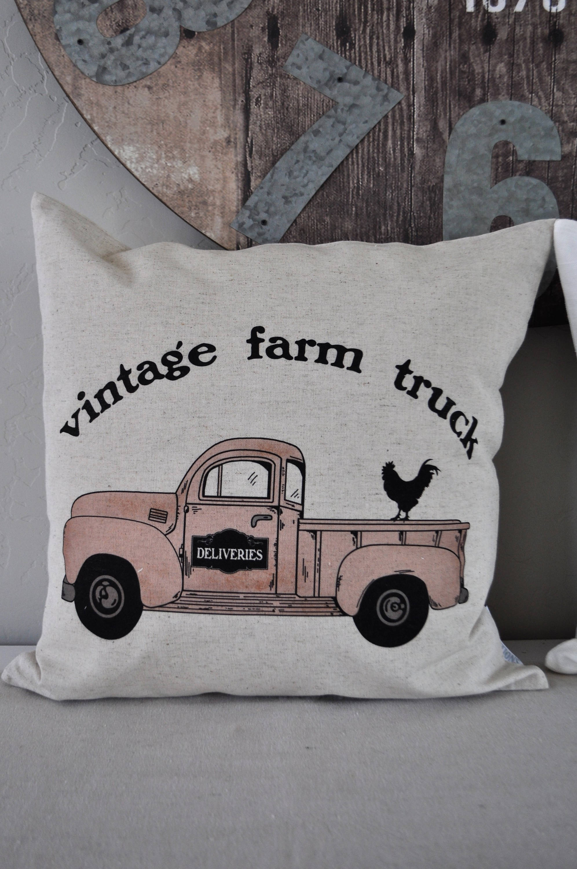SALE, Vintage Farm Truck,Pillow Cover, truck Pillow Cover, Spring pillow cover, Summer Pillow Cover, 18x18