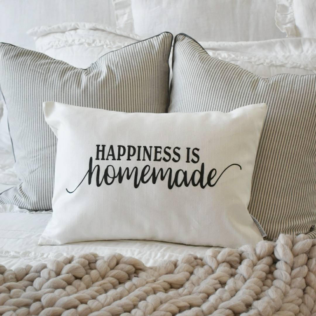 Happiness is homemade, Farmerhouse Pillow Cover, rustic Pillow Cover, Spring pillow cover,14x20