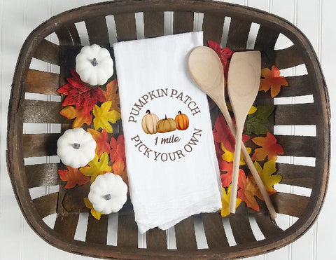 Kitchen towel, tea towel, Fall kitchen towels, Fall Decor, Thanksgiving towel, Thanksgiving  Decor, pumpkin patch, farm fresh pumpkins