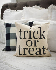 Halloween Pillow Cover, trick or treat Pillow Cover, Halloween Decor, Fall pillow