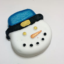 Load image into Gallery viewer, Snowman Bath Bomb
