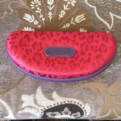Tina Sunglass Case