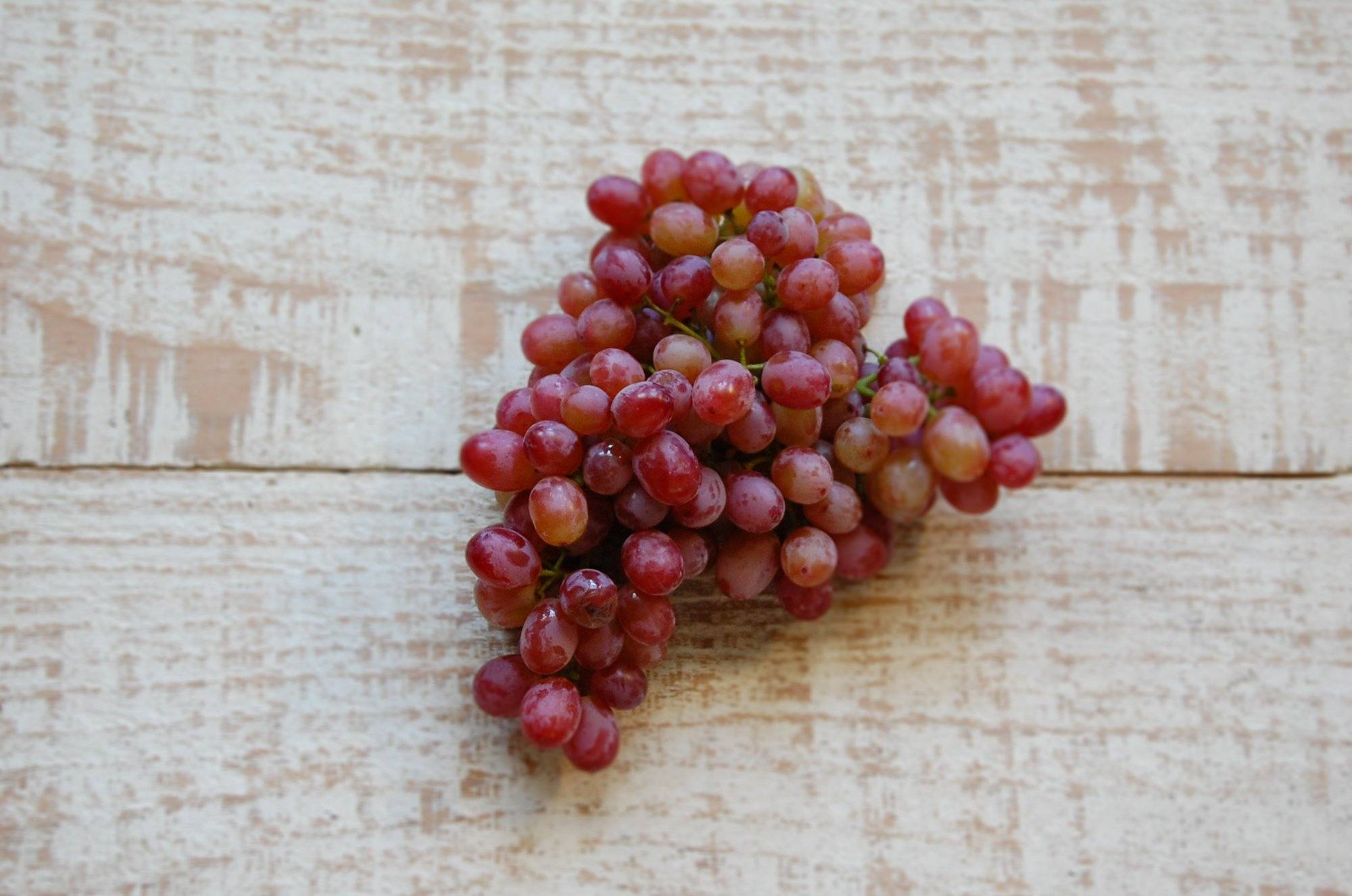 Grapes, Crimson Seedless (biodynamic)