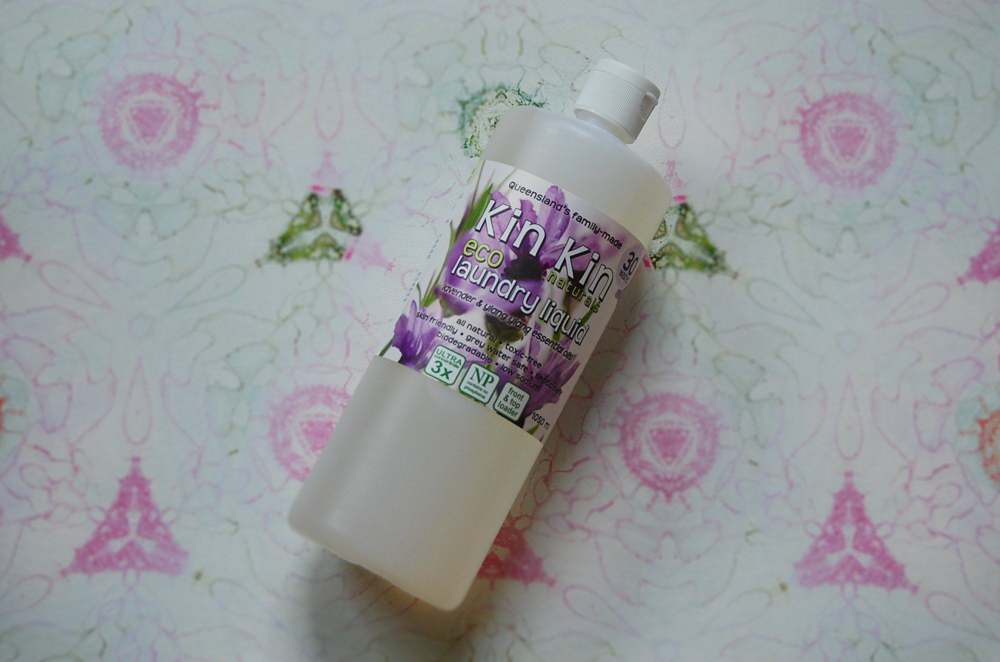 Kin Kin Laundry liquid (Lavender and Llang Llang)