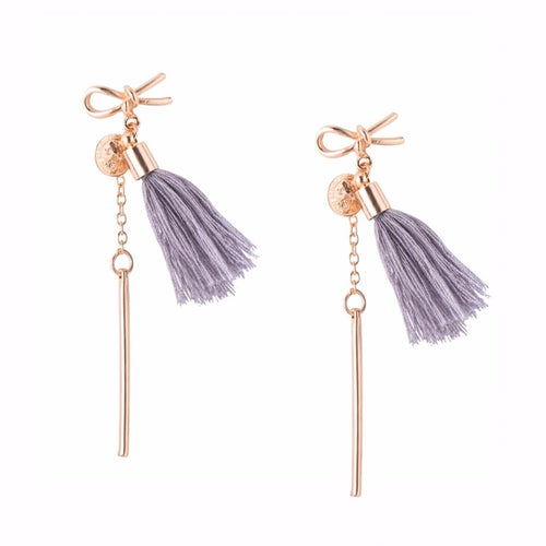 TASSEL CHARM EARRINGS (GREY)