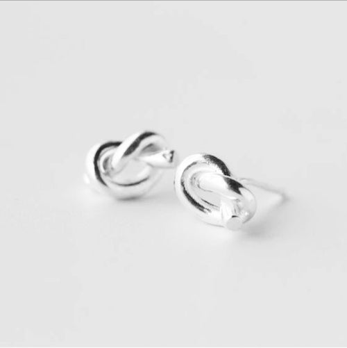 KNOT STUD EARRINGS (SILVER)