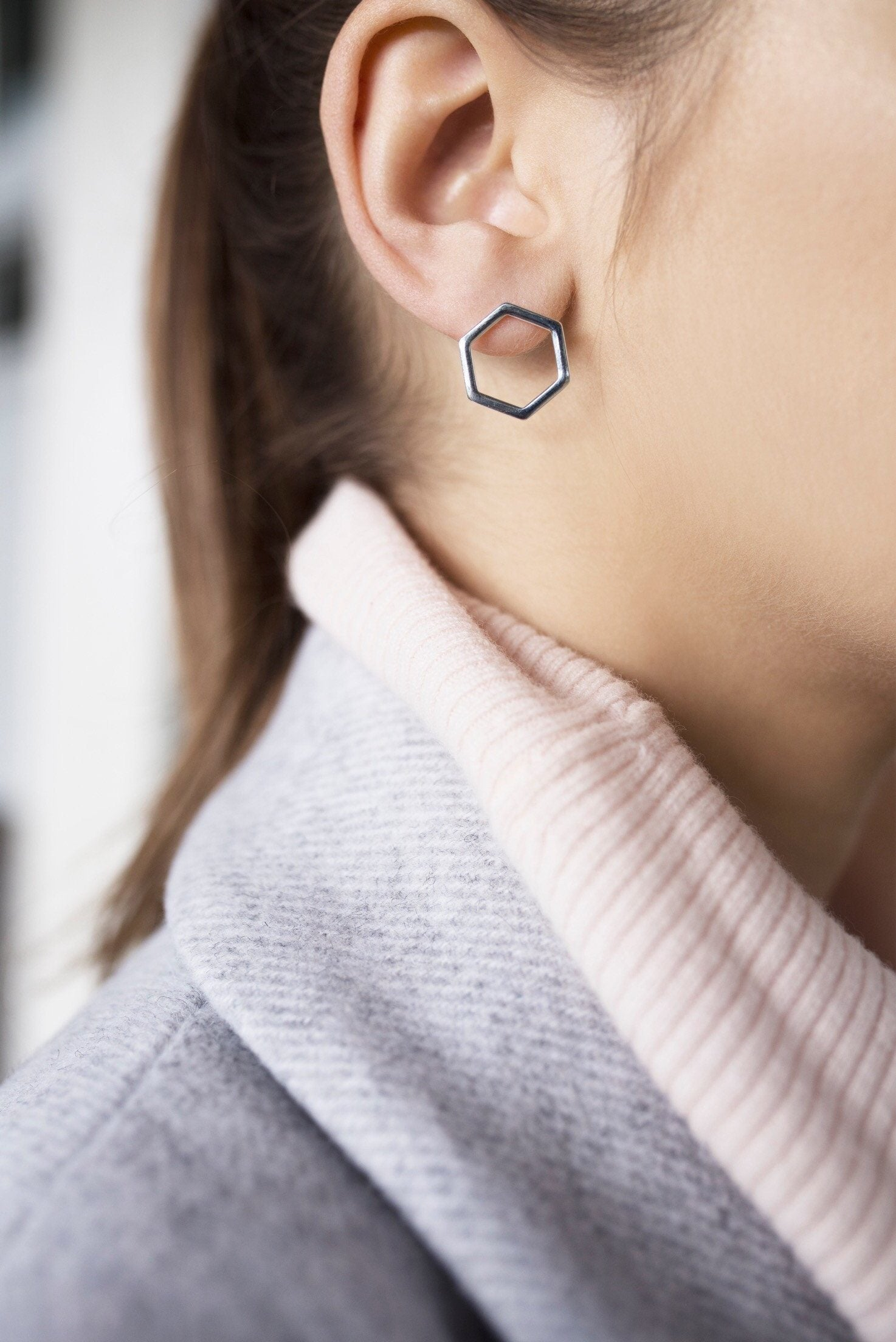 HEXAGON EARRINGS (SILVER)