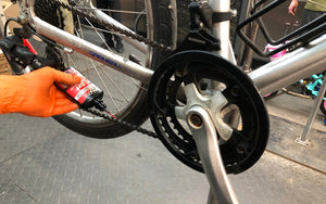 How to clean your bike chain ?