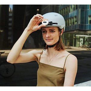 BERYL Pixel - Dual Color Bike Light - Mounted on helmet - Front view