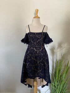 Two Sisters The Label Lace Dress