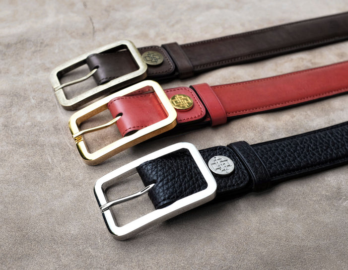 Coloured leather belts, match or contrast