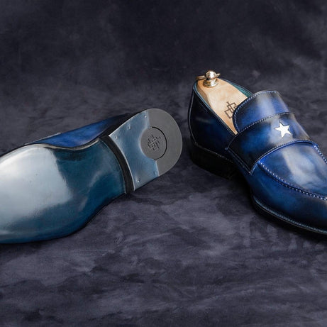 RAZZLE DAZZLE 'EM - STAR LOAFER SHOES