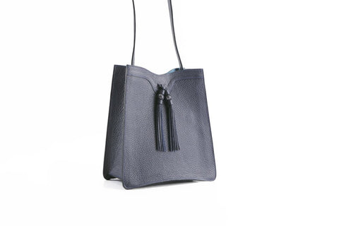 Beatrice handbag in pebble grain leather bag midnight blue
