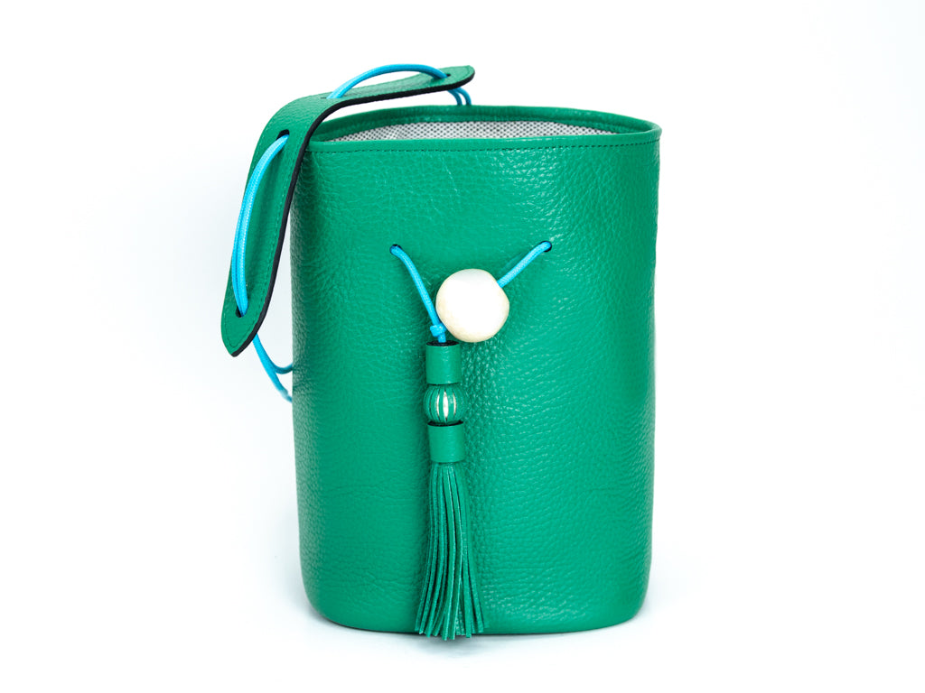 Ballon handbag in green pebble grain leather