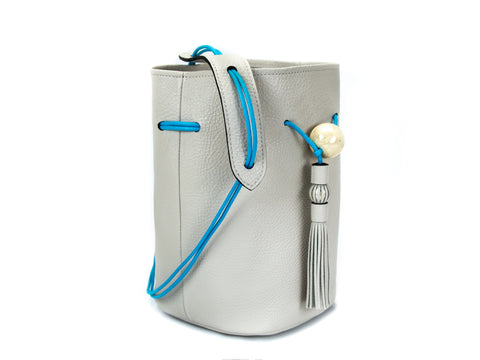 Ballon leather handbag in sea pearl colour