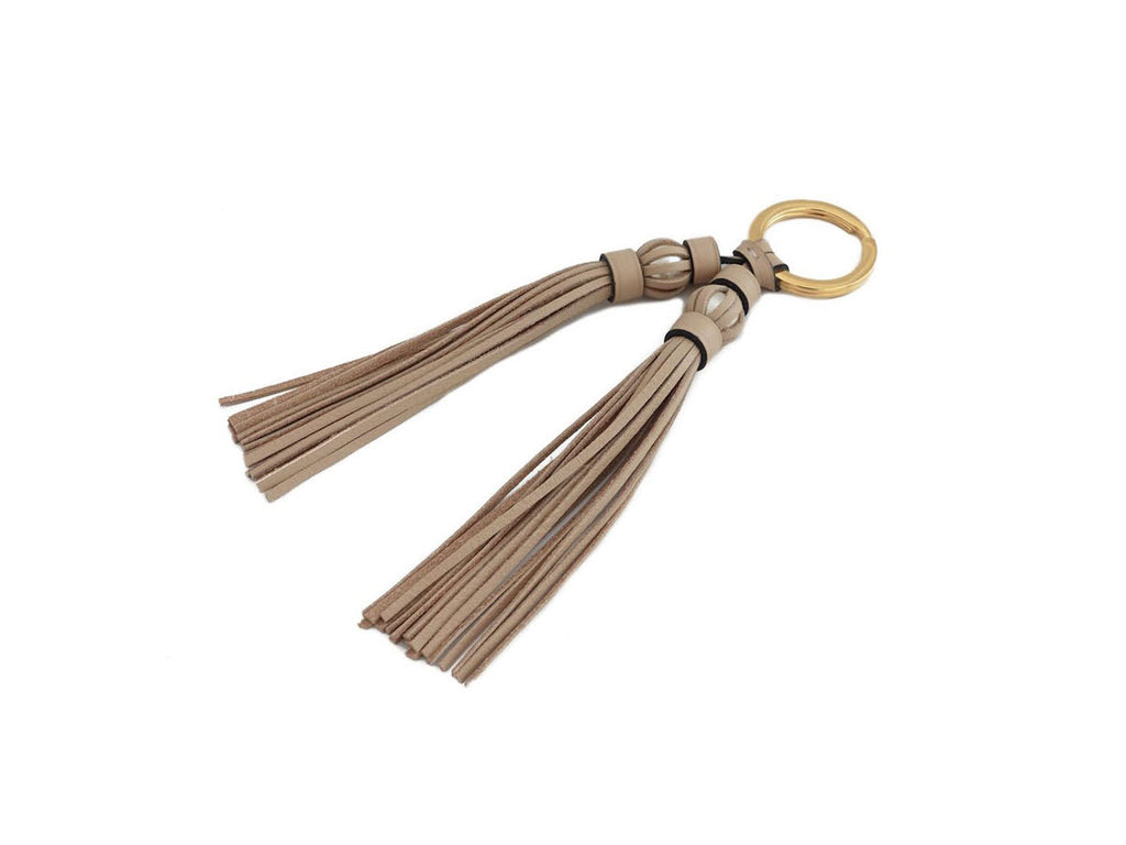 Saigon tassel pearl gold key ring beige leather tassels