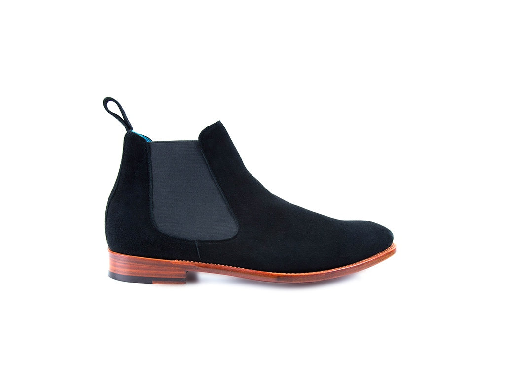 The Gaucho Chelsea boots in black Italian suede