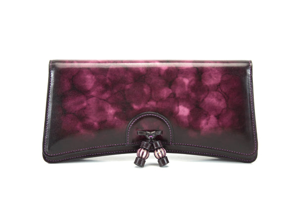 Léa clutch bag hand painted in a dark fuxia marble patina