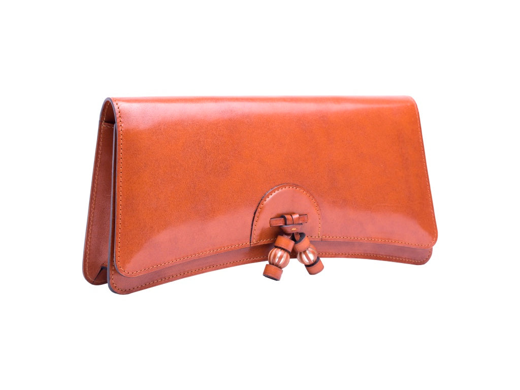 Léa leather clutch bag hand painted patina in London tan