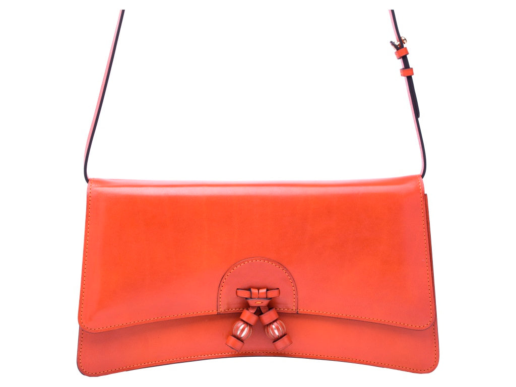 Linh leather handbag in hand painted tango patina