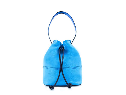 Noel ladies hand bag in bright blue pebble grain leather