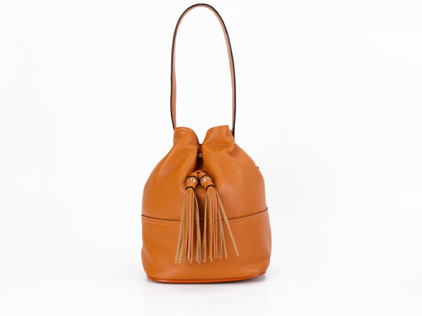 Noel hand bag in orange pebble grain leather
