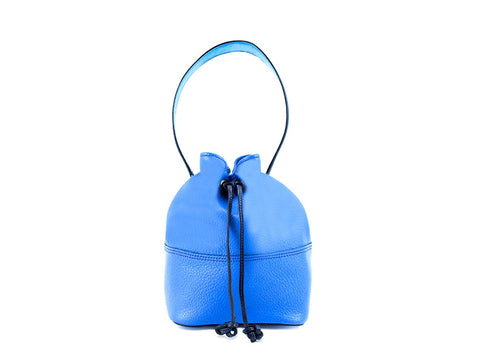 Noel ladies hand bag in cobalt pebble grain leather
