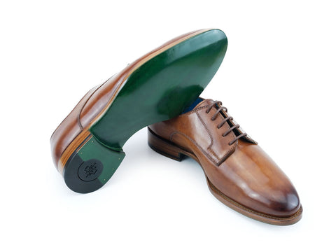 Pert Derby classic shoes in Cognac patina hand colored
