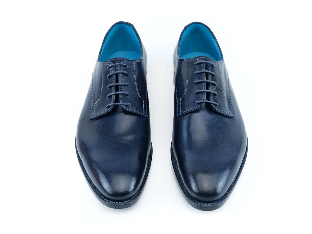Pert Derby classic shoes in midnight blue patina hand colored