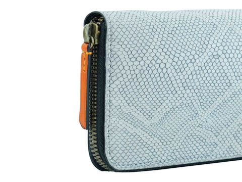 Philieas wallet in white printed python nubuck leather