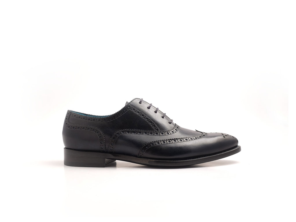 Full brogue shoes in black hand painted patina - Dominique Saint Paul