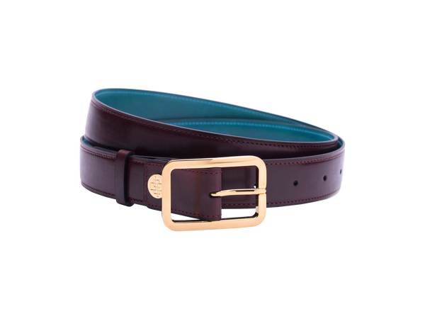 Leather belt with hand coloured patina and our French made custom made buckle in gold. Pictured here in burgundy hand painted color patina. This is the 3cm width version which is more suitable for dress and smart casual with trousers. Made with Italian crust leather.