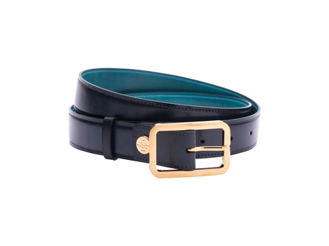 Leather belt with hand coloured patina and our French made custom made buckle in gold. Pictured here in midnight blue hand painted color patina. This is the 3cm width version which is more suitable for dress and smart casual with trousers. Made with Italian crust leather.