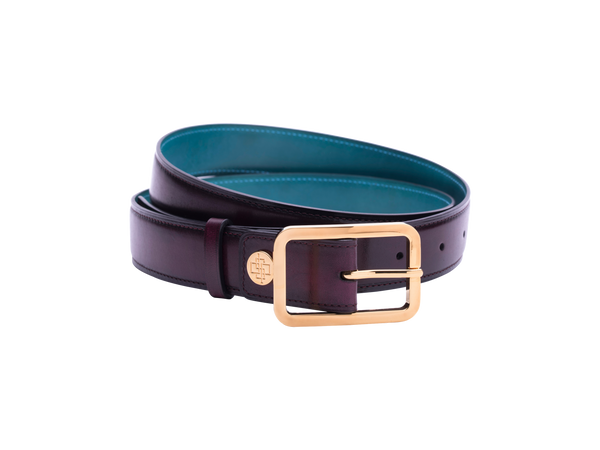 Leather belt with hand coloured patina and our French made custom made buckle in gold. Pictured here in purple hand painted color patina. This is the 3cm width version which is more suitable for dress and smart casual with trousers. Made with Italian crust leather.