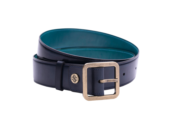 Our artisan made leather belt bought by both men and women with hand painted coloured patina and French made custom made buckle in antique brass. These 4cm width belts are good for jeans and chinos. Made with Italian crust leather. Here shown in midnight blue hand painted hand colored patina.