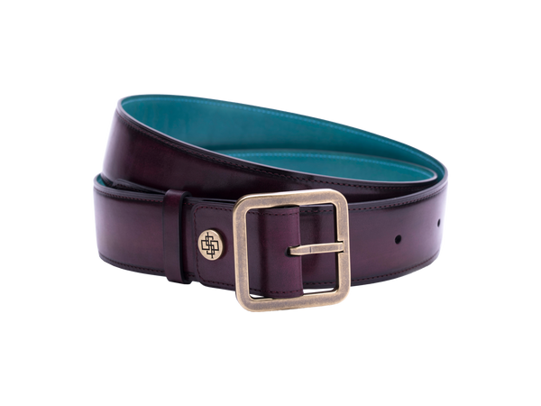 Our artisan made leather belt bought by both men and women with hand painted coloured patina and French made custom made buckle in antique brass. These 4cm width belts are good for jeans and chinos. Italian crust leather and also the lining side is real leather. Here shown in purple hand painted hand colored patina.