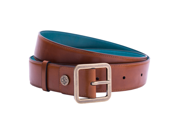 Our artisan made leather belt worn by both men and women with hand painted coloured patina and French made custom made buckle in antique brass. These 4cm width belts are good for jeans and chinos. Italian crust leather and also the lining side is real leather. Here shown in tan hand painted hand colored patina.