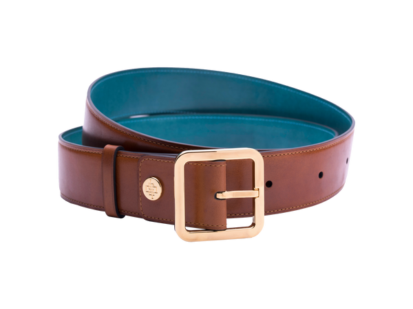 Our artisan made leather belt to wear by both men and women with hand painted coloured patina and French made custom made buckle in gold. These 4cm width belts are good for jeans and chinos. Italian crust leather and also the lining side is real leather. Here shown in London tan hand painted hand colored patina.
