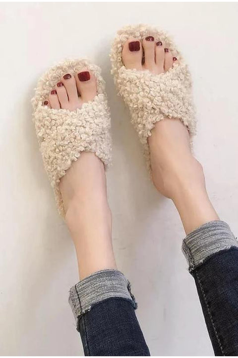 Fuzzy Popcorn Criss Cross Slippers - Della Direct