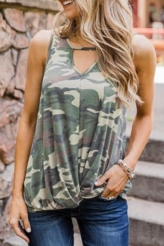 Twisted Hem Camo Key-Hole Tank - Della Direct