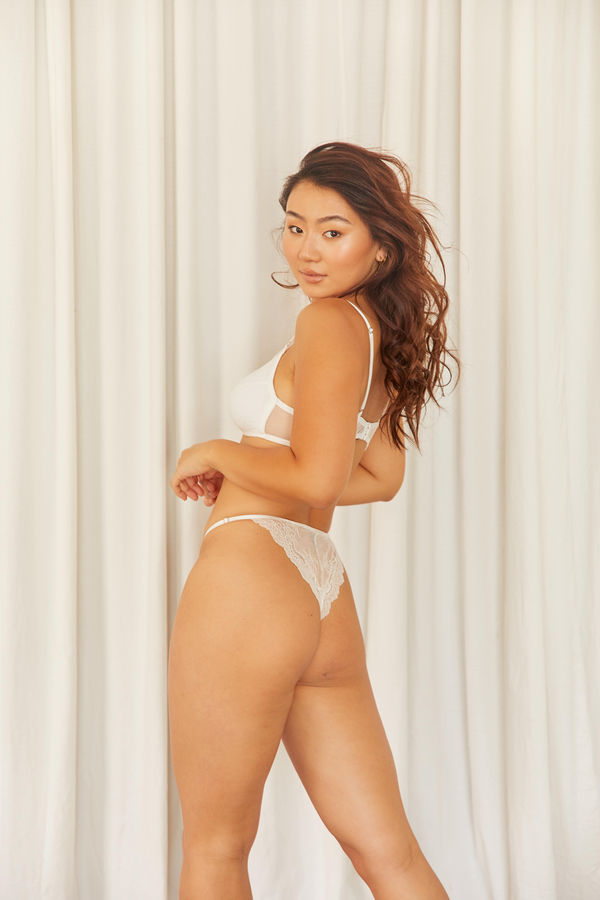 Basic Thong - White