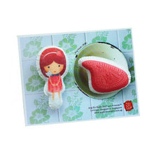 Load image into Gallery viewer, Png Kueh Girl Brooch Set (Set of 2)